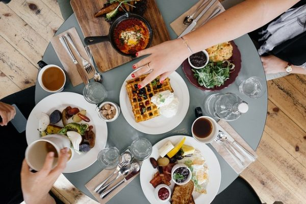 4 Essential Things to Consider When Starting Your Own Restaurant